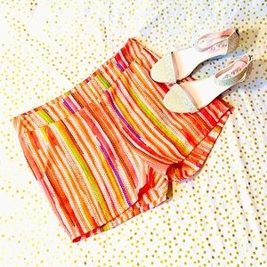 Buttons Lined Spring/Summer Shorts NWOT